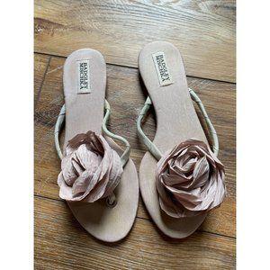 BADGLEY MISCHIKA Blush Rose Flip Flops Sz 8